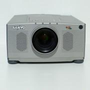 Sanyo PLC XP18